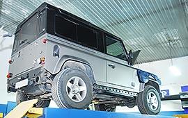 Замена масла в автоматической коробки передач Land Rover Defender
