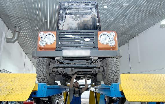Проверка подвески ходовой Land Rover Defender