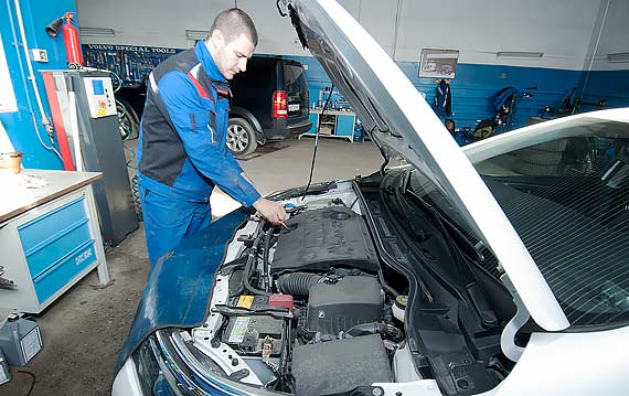 Ремонт, техобслуживание Toyota Corolla