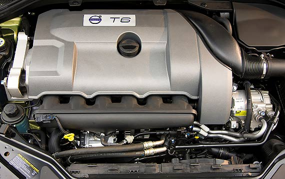 B6304T Volvo XC60